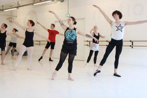 Ballett Unterricht - Jo Siska- Ballett Mittelstufe