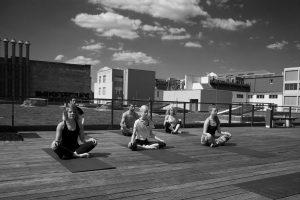 Hip Hop Yoga mit Natalia im Tanzstudio motions*